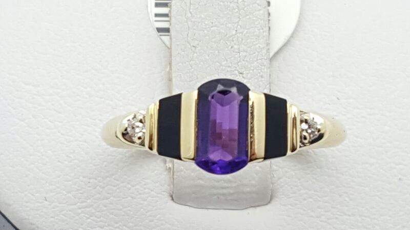 Lady's Amethyst & Diamond Ring 2 Diamonds .02 Carat T.W. 14K Yellow Gold