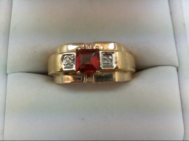 Almandite Garnet Gent's Stone & Diamond Ring 2 Diamonds 0.02 Carat T.W. 14K Yell