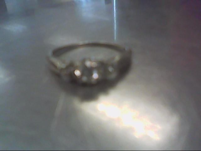 White Stone Lady's Stone Ring 10K White Gold 1.7g