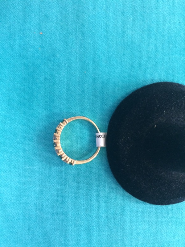 Green Stone Lady's Stone & Diamond Ring 12 Diamonds 1.20 Carat T.W.