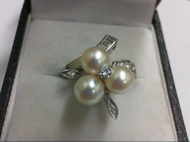 Pearl Lady's Stone & Diamond Ring 12 Diamonds .28 Carat T.W. 14K White Gold