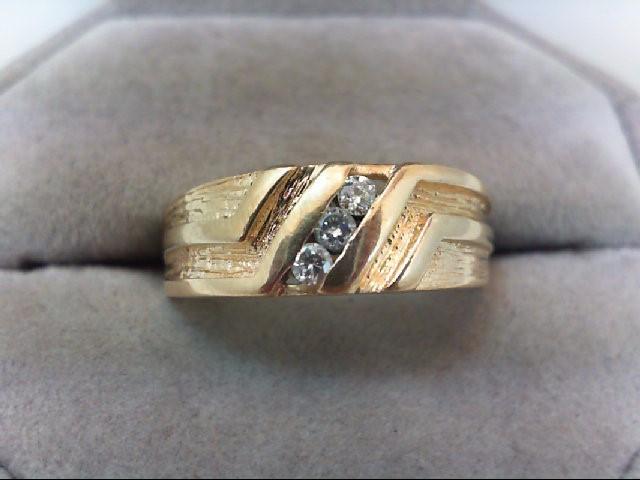 Gent's Gold-Diamond Wedding Band 3 Diamonds .18 Carat T.W. 14K Yellow Gold 5.2g