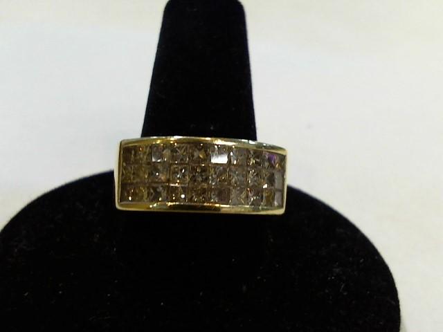 Lady's Diamond Cluster Ring 30 Diamonds 1.80 Carat T.W. 14K Yellow Gold 10g