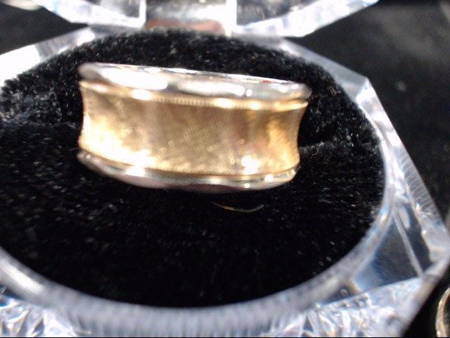 Lady's Gold Ring 14K 2 Tone Gold 6.1g Size:6.5