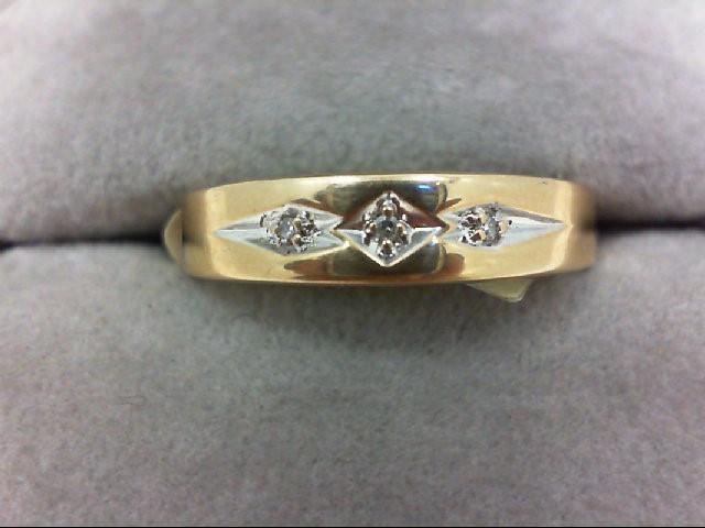 Gent's Gold-Diamond Wedding Band 3 Diamonds 0.03 Carat T.W. 10K Yellow Gold 2.7g