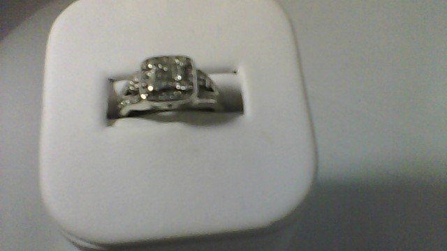 Lady's Silver-Diamond Ring 47 Diamonds .83 Carat T.W. 925 Silver 4.1g
