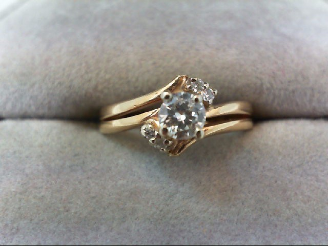Lady's Diamond Wedding Set 5 Diamonds 0.29 Carat T.W. 14K Yellow Gold 3.1g
