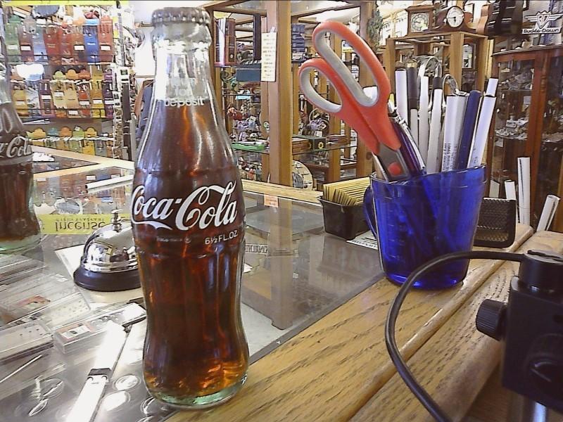 COCA COLA BOTTLES FULL 6 1/2OZ BOTTLED FOR FRESNO CALIF.