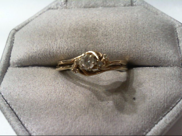 Lady's Diamond Wedding Set 5 Diamonds .20 Carat T.W. 14K Yellow Gold 3.3g