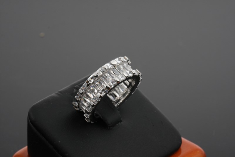 Lady's Silver Ring 925 Silver 7.81g Size:8
