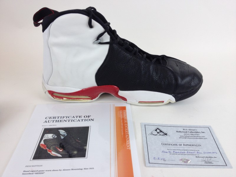 Nike Air Uptempo Alonzo Mourning Autographed Game worn Shoes W/COA