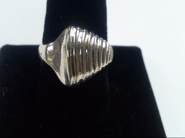 SIZE 6.5 LADIES RING