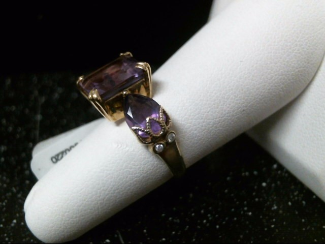 Synthetic Amethyst Lady's Stone & Diamond Ring 4 Diamonds .08 Carat T.W.
