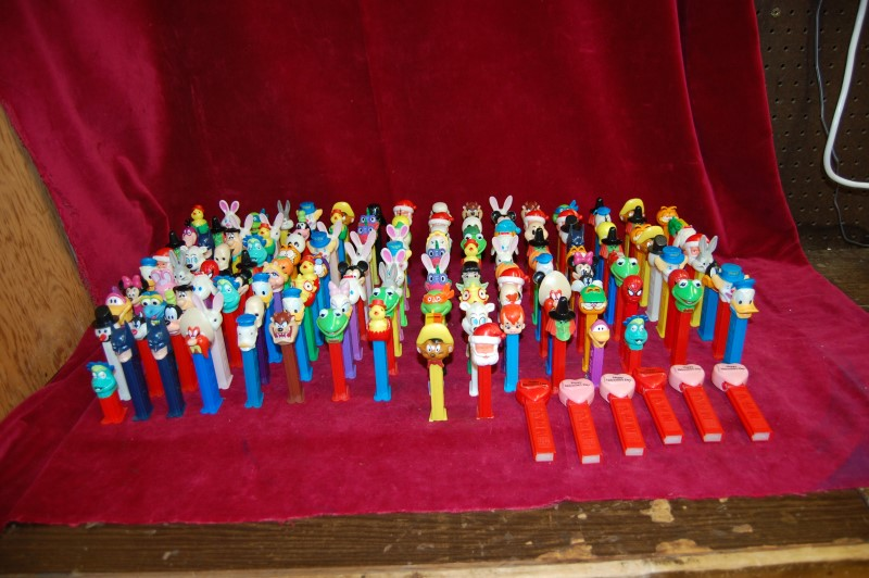 PEZ DISPENSERS Lot Of 149