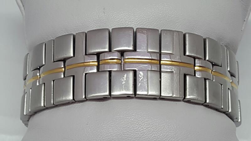 BULOVA Gent's Wristwatch 98H28