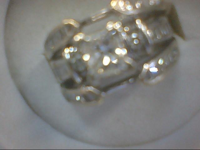 Lady's Diamond Wedding Set 39 Diamonds 1.29 Carat T.W. 14K Yellow Gold 9.2g