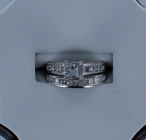 Lady's Diamond Wedding Set 22 Diamonds 1.80 Carat T.W. 14K White Gold 3.7dwt