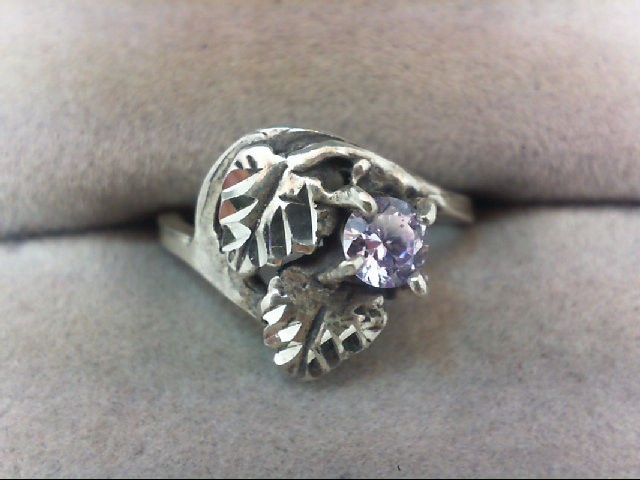 Lady's Silver Ring 925 Silver 2.2g
