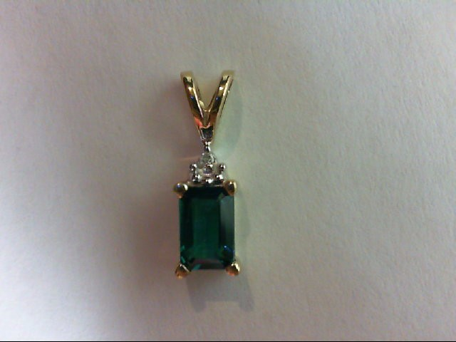 Synthetic Green Stone Gold-Stone Pendant 10K Yellow Gold 0.8g
