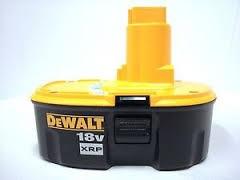 DEWALT 18V CORDLESS DRILL DW997