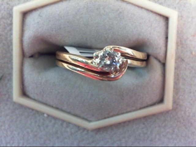 Lady's Diamond Engagement Ring 0.15 CT. 14K Yellow Gold 3.5g