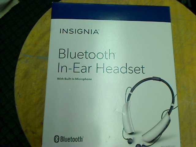 INSIGNIA BLUETOOTH HEADSET