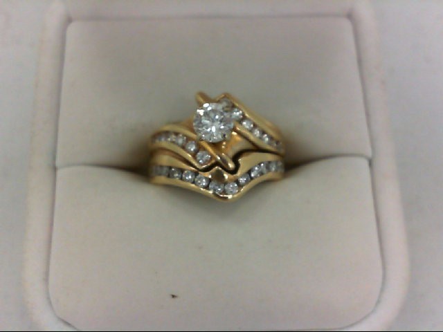 Lady's Diamond Wedding Set 30 Diamonds 1.27 Carat T.W. 14K Yellow Gold 7.9g Size