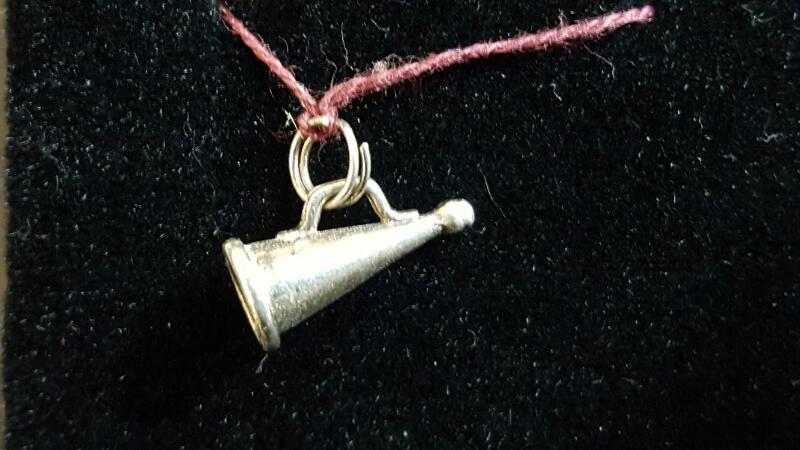Chearleader Horn Silver Pendant 925 Silver 0.8g