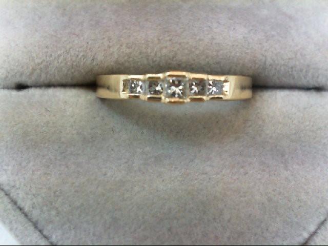 Lady's Diamond Wedding Band 5 Diamonds 0.26 Carat T.W. 14K Yellow Gold 2.9g