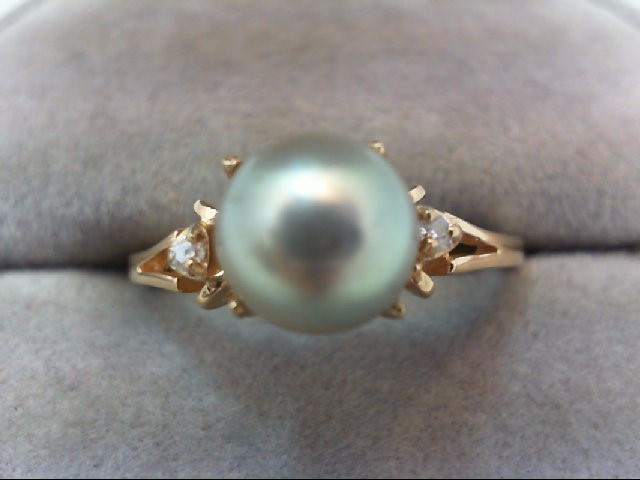 Pearl Lady's Stone & Diamond Ring 2 Diamonds .02 Carat T.W. 14K Yellow Gold 3g