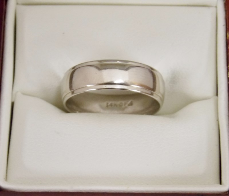 Gold Wedding Band 14K White Gold 3.01dwt Size:7