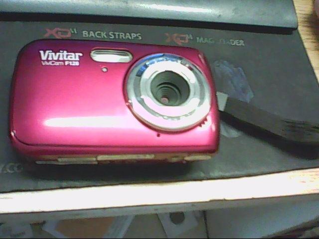 VIVITAR Digital Camera VIVICAM F124