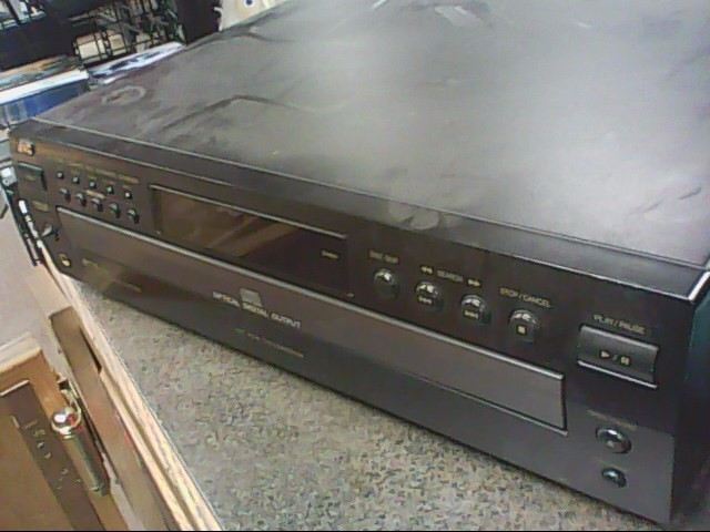 JVC CD Player XL-FZ158