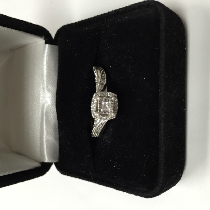 Amethyst Lady's Stone & Diamond Ring 2 Diamonds .02 Carat T.W. 14K Yellow Gold