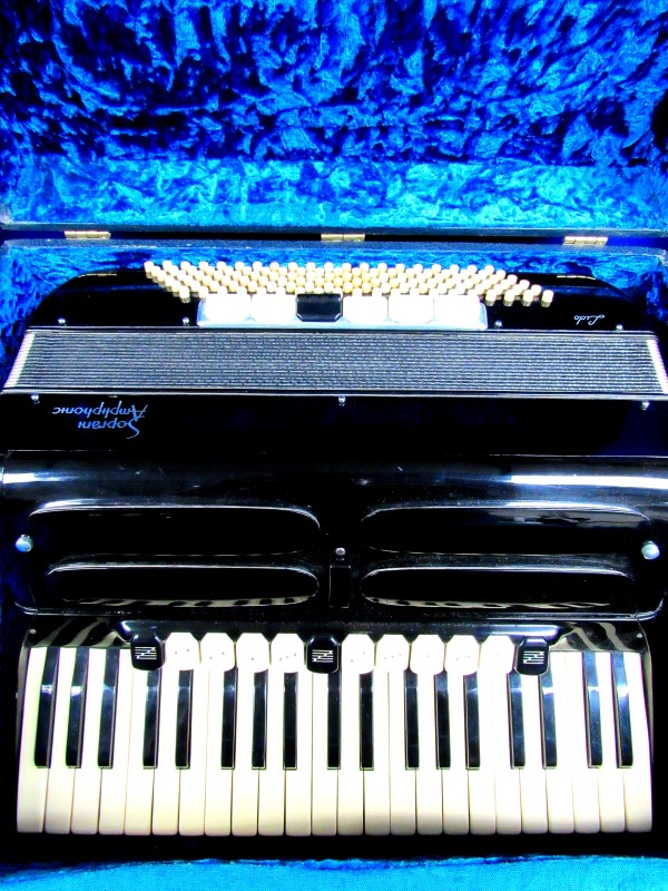 LIDO Accordion/Concertina SOPRIANI AMPHPHONIC