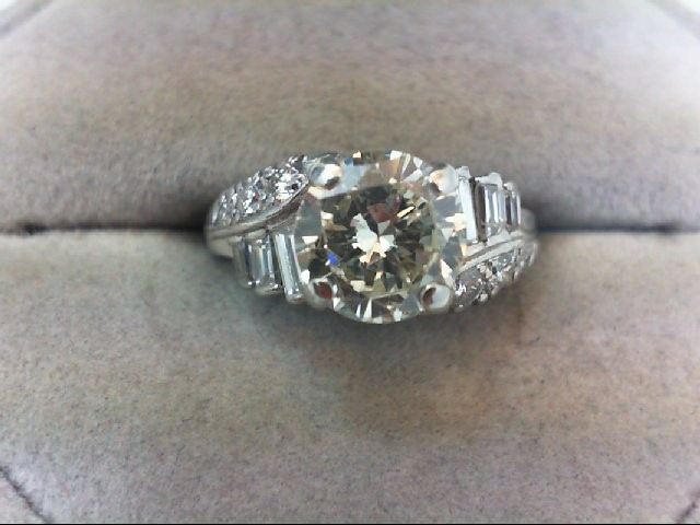 Lady's Platinum-Diamond Ring Guard 13 Diamonds 2.50 Carat T.W. 900 Platinum