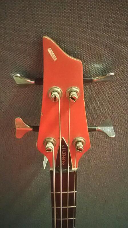 Fender Bass Guitar Prophecy