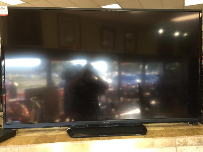 SHARP Flat Panel Television LC-70LE550U