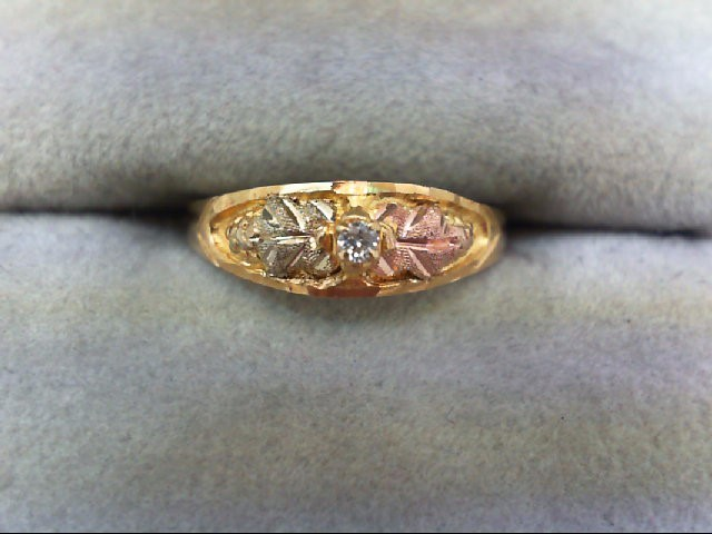 Lady's Diamond Solitaire Ring 0.03 CT. 10K Tri-color Gold 1.4g Size:4.5