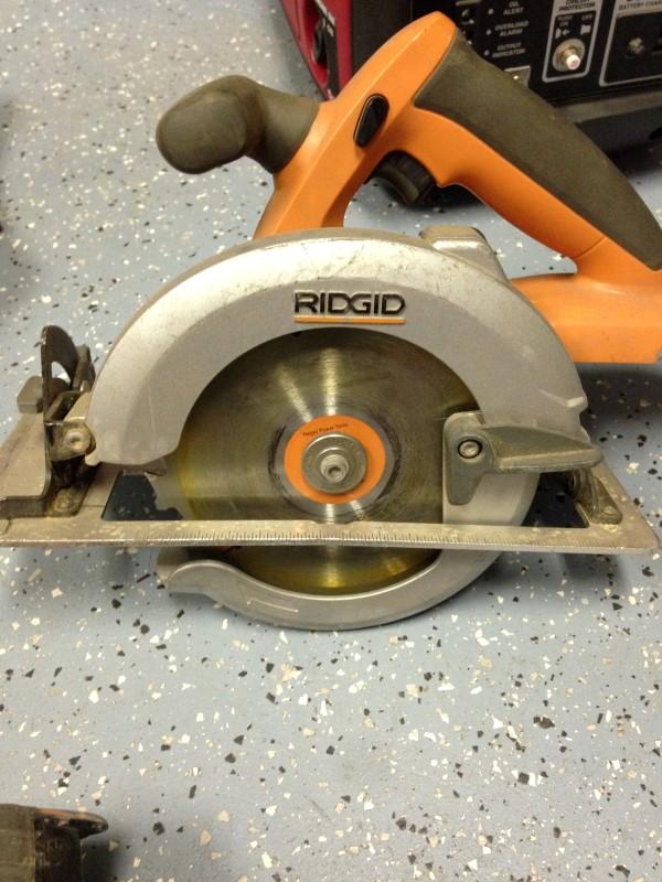 RIDGID Cordless Drill R9651 18V 5PC COMBO KIT