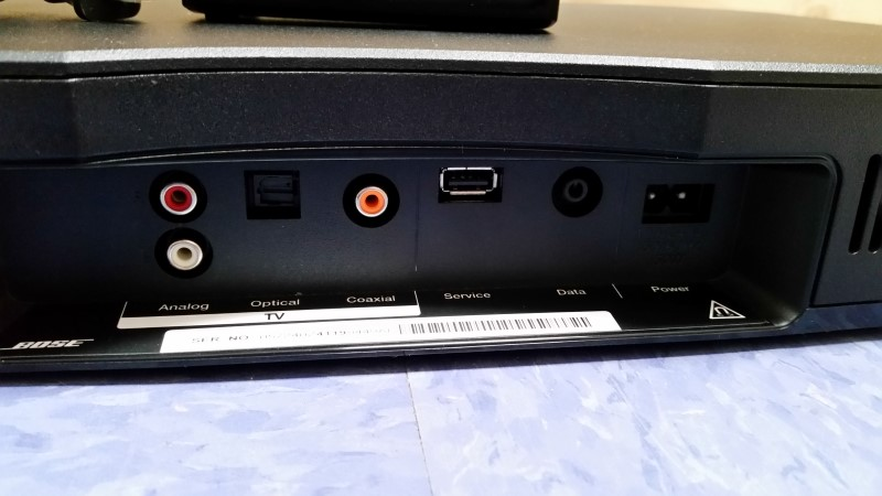 BOSE SOLO TV SOUND SYSTEM MODEL 410376 WITH REMOTE