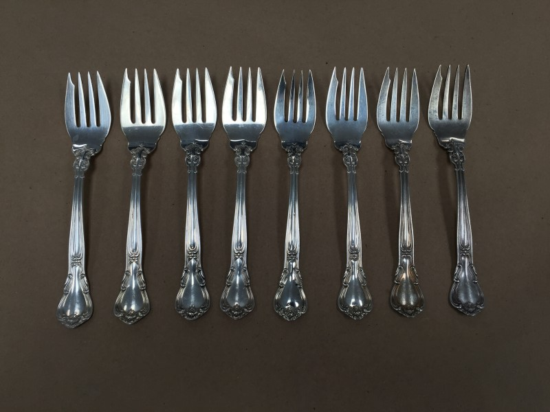 STERLING SILVER GORHAM CHANTILLY 38 PIECE DINNER FLATWARE SET