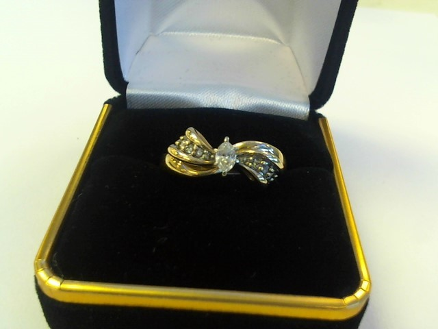 Lady's Diamond Solitaire Ring .10 CT. 14K Yellow Gold 3.1dwt