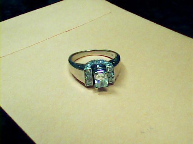 Lady's Diamond Fashion Ring 21 Diamonds 1.15 Carat T.W. 14K White Gold 3.6dwt