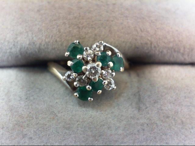 Lady's Diamond Cluster Ring 7 Diamonds .15 Carat T.W. 10K White Gold 2g