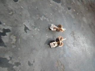 Gold-Diamond Earrings 2 Diamonds .16 Carat T.W. 10K Yellow Gold 0.4dwt