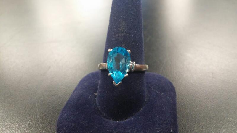 Synthetic Blue Topaz Lady's Stone Ring 14K White Gold 3.7dwt Size:10