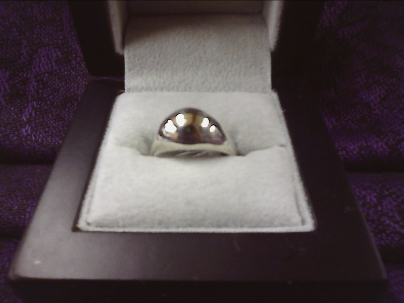 STERLING SILVER RING - DOME STYLE SIZE: 6 1/2
