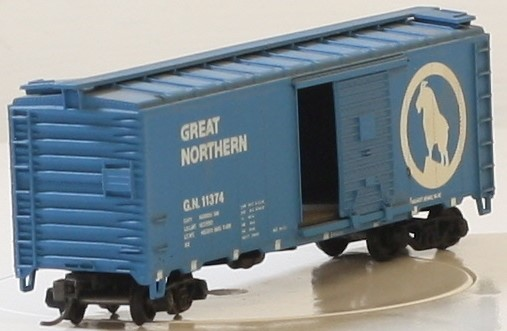 ATHEARN 1204 40 FT BOX CAR GREAT NORTHERN #11374 FREIGHT CAR HO