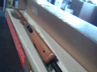 THOMPSON CENTER ARMS Rifle R-55 BENCHMARK